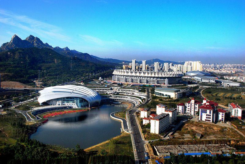 青岛体育中心体育场改造收尾 坐席达5万个