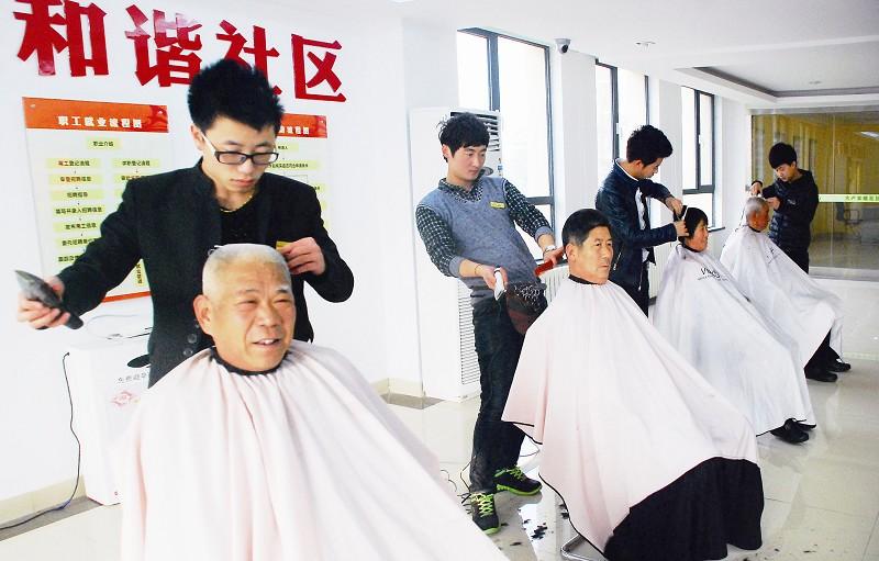 隐珠街道办事处副书记薛光来表示