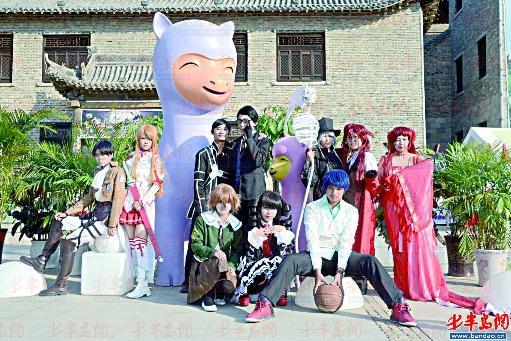活动地点:高古轩艺术展览中心,位于黑龙江路468号(青岛市常宁路与台柳
