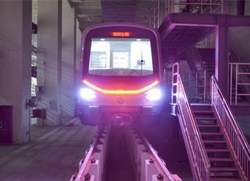 地铁2号线东段电通 车厢内景图抢先看