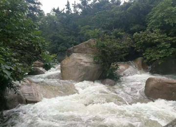 今天青岛将有雷阵雨局部大雨 北九水暂时封闭