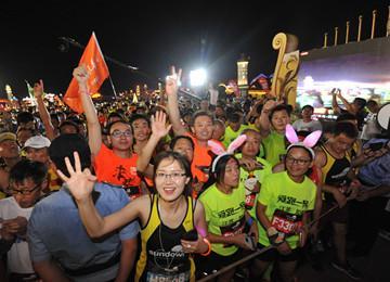 马拉松牵手啤酒节 全民共享欢乐跑