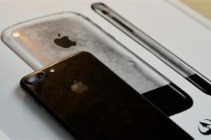 5.8寸版iPhone 8曝光:增人脸识别、设计更惊艳