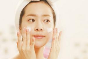"""""""+1""""洗脸法让你的脸越洗越美"""