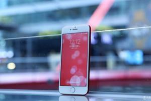 红色特别版苹果iPhone 7 Plus直降700元