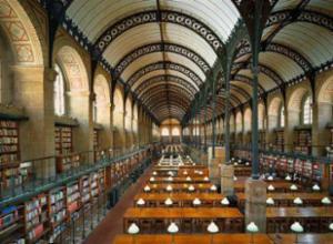 图书馆是法国第一大文化网络