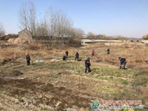 胶南街道城市管理中心开展河道违垦专项整治行动