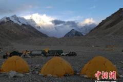 珠峰北坡大本营正式通电