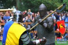 比利时布鲁塞尔举办中世纪节