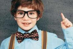 孩子戴上眼镜还能脱得掉吗?