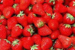 蒸草莓治干咳