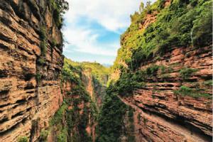 世界奇峡 己衣大裂谷