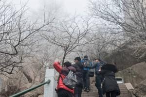 雾凇装点仙山圣境