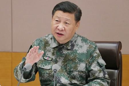 习近平视察军委联合作战指挥中心