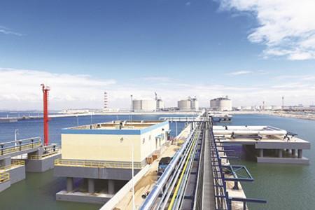 董家口循环经济区:亿吨大港起航 引领百亿产业集聚