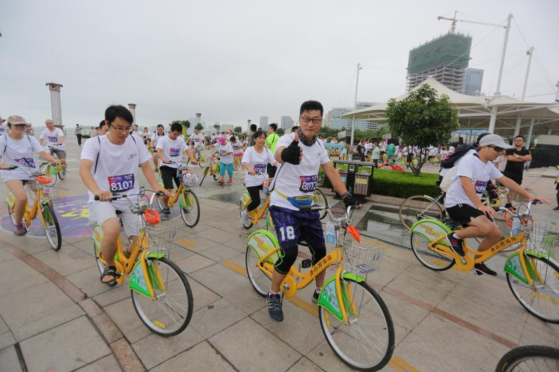 呼吁安全文明出行 中南全国公益骑行在唐岛湾公园举行